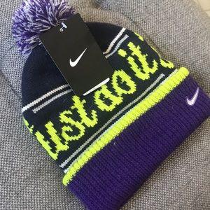 NWT Nike Winter Hat